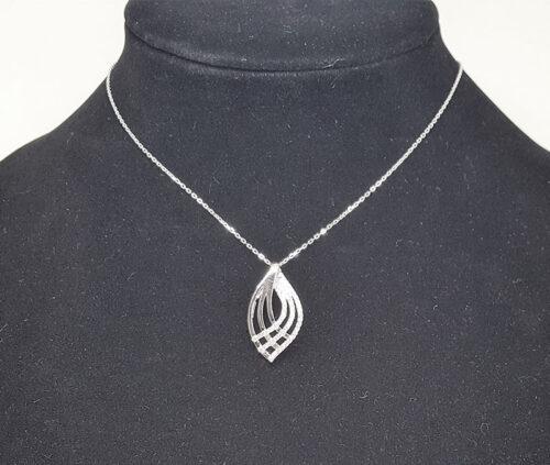 Colier din argint in forma de frunza cu pietre zirconia