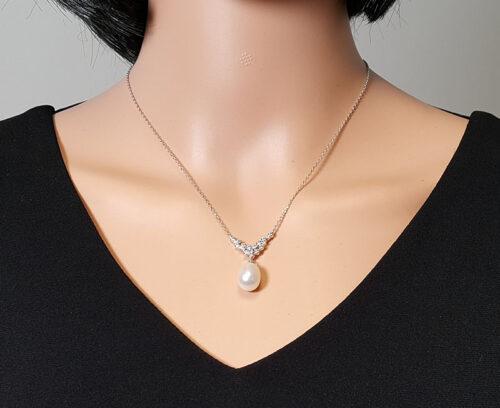 Colier cu model pietre zirconia si perla