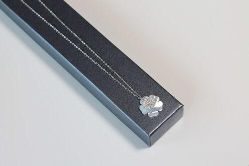 colier din argint rodiat cu sidef