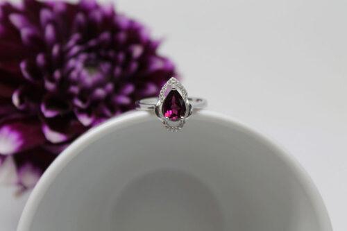 inel superb din argint cu pietre