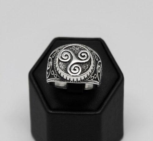 inel din argint cu spirala