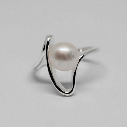 inel argint si perla alba