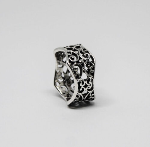 inel deosebit din argint